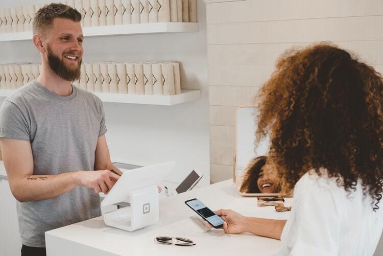 Customer Retention: Definisi dan 5 Cara Meningkatkannya