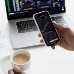 Berinvestasi di pasar saham