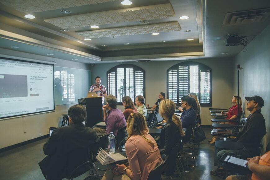 5 Tips Membangun dan Mengembangkan Jaringan Bisnis Kecil Sobat